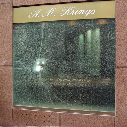 Bullet-Proof-Glass